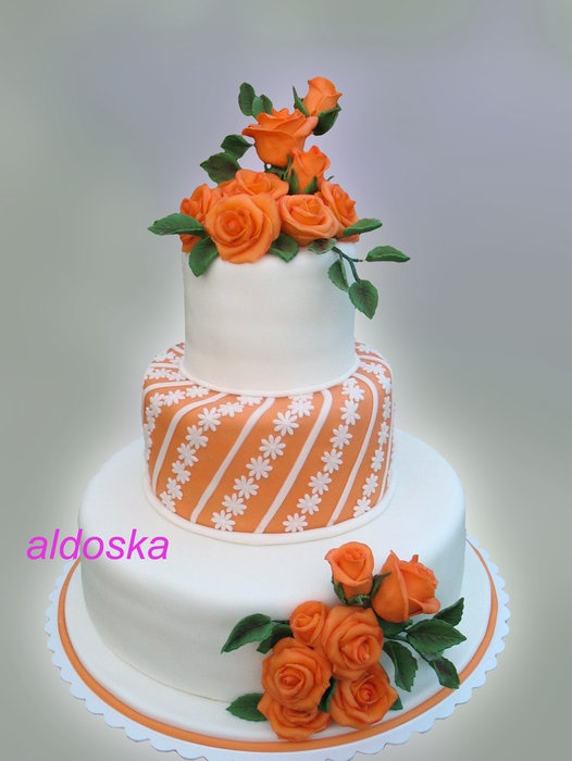 A day to remember by La Belle Auror by Aldoska (9/16/2012)  View cake details here: http://cakesdecor.com/cakes/29077