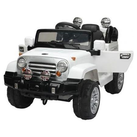 Электромобиль 1Toy Джип белый(Т58705)  — 15950р. --------------- Аккумуляторная машина со световыми и звуковыми эффектами. Управляемый автомобиль - это самая желанная игрушка для мальчиков. Машинка имеет максимально реалистичный вид, выполнена в ярких, привлекательных цветах, что делает её ещё более интересной. Машина оснащена звуковыми сигналами и музыкальным сопровождением. Во избежание проблем с эксплуатацией модель сопровождается подробной инструкцией на русском языке.