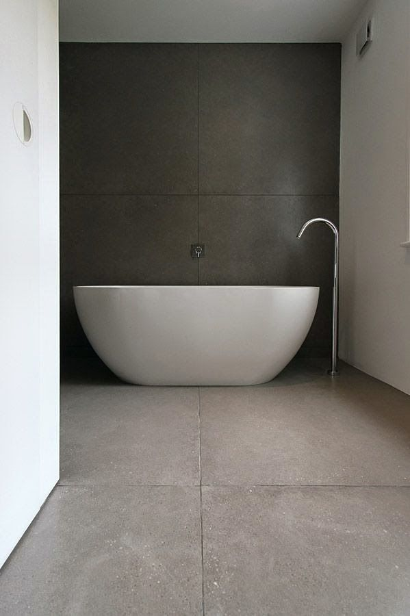 minimal bathrooms