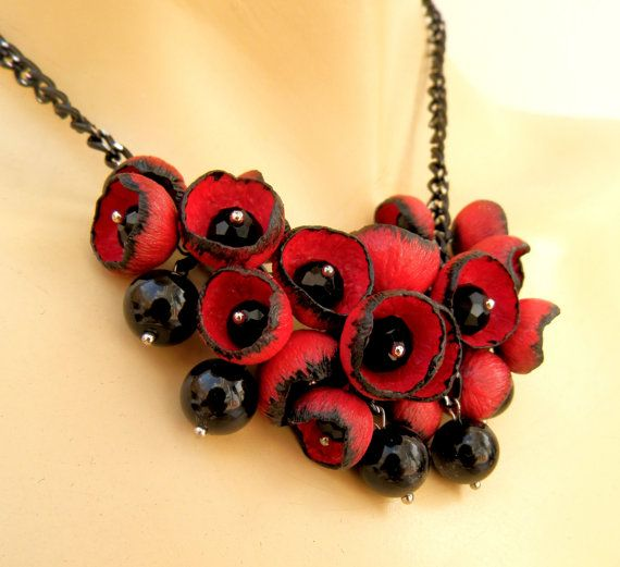 Red black necklace - Statement necklace - Flower buds - Red flowers - Handmade necklace earrings set