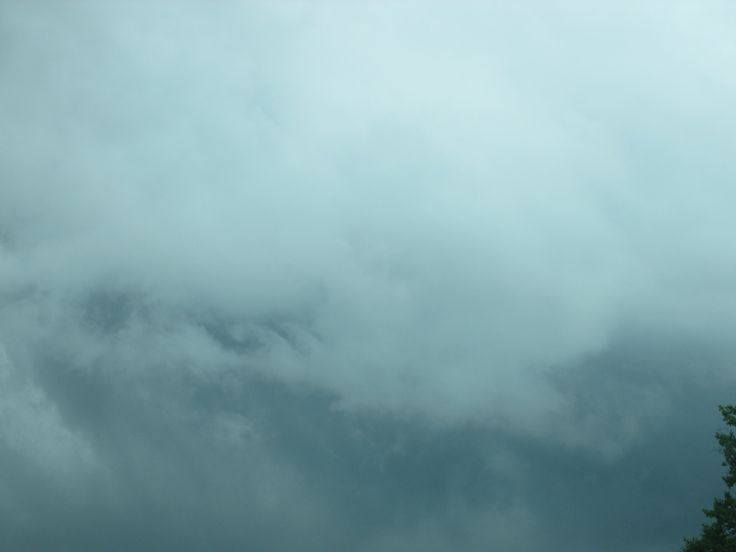PIC I TOOK OF CLOUDS