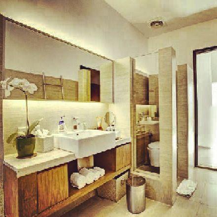 Bathroom at www.tigadisvilla.com Bali.