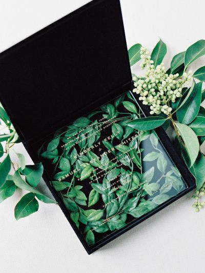 Absolutely love this beautiful wedding invitation. This looks stunning. Love how vibrant the green leaves look against the black background. Gorgeous.