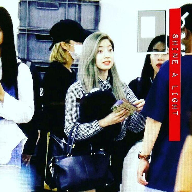 Twice dahyun yeni saç rengi bence yakışmış      İzinsiz (Ç)almayın     #twice #DAHYUN #sana #momo #tzuyu #jihyo #mina #jungyeon #nayeon