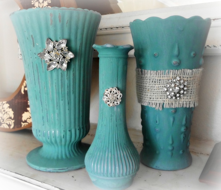 Chalk-painted vases adorned with burlap and buttons - any glass will do (these are milk glass) - posted by For the love of white