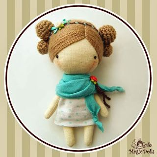 Love the simplicity and craftsmanship of this doll!