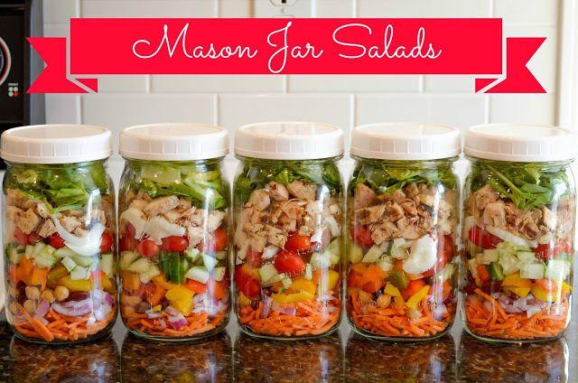 ニューヨークで人気の、ガラス製の密封容器を使った「メイソンジャーサラダ(Mason jar Salad)」。彩りもキレイでピクニックやホームパーティ、もちろんサラダ弁当にして持って行っても○。まわりから絶賛されること間違いなしデス。