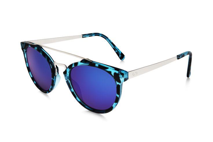 Occhiali da sole polarizati: SELFIE/HAVANA BLUE di Slash Sunglasses  http://www.slashsunglasses.com/shop/selfie/selfie-tartaruga-blu-blu.html
