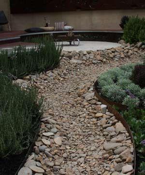 Garden edging ideas - design pictures
