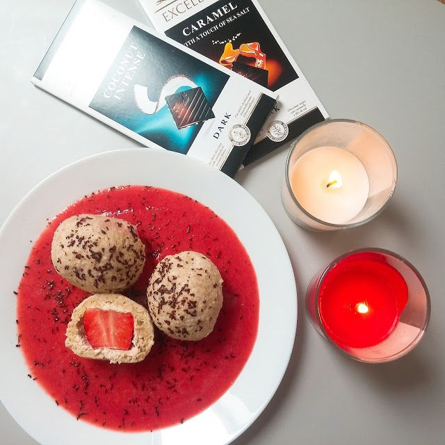 Ovesno-tvarohové knedlíky plněné čerstvými jahodami