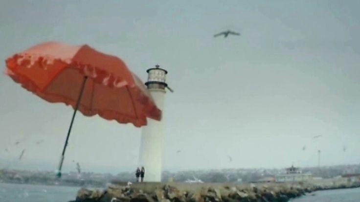 Η ομπρέλα του Βοσπόρου - Ευανθία Ρεμπούτσικα