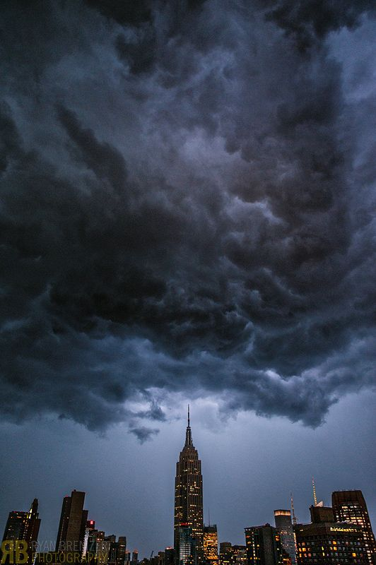 Another stunning photo from Ryan Brenizer of hurricane sandy.
