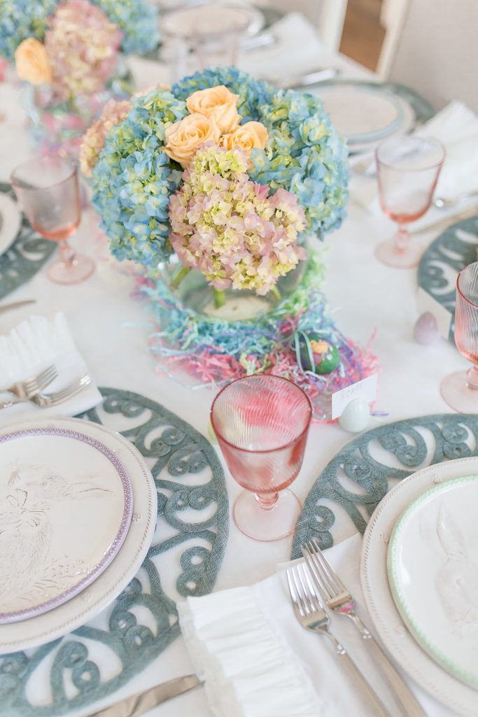 Easter Entertaining Inspiration! We love how Alicia from @thelushlist used our new Spring Bunny Party Plates to accent this happy holiday table - click to shop her look!