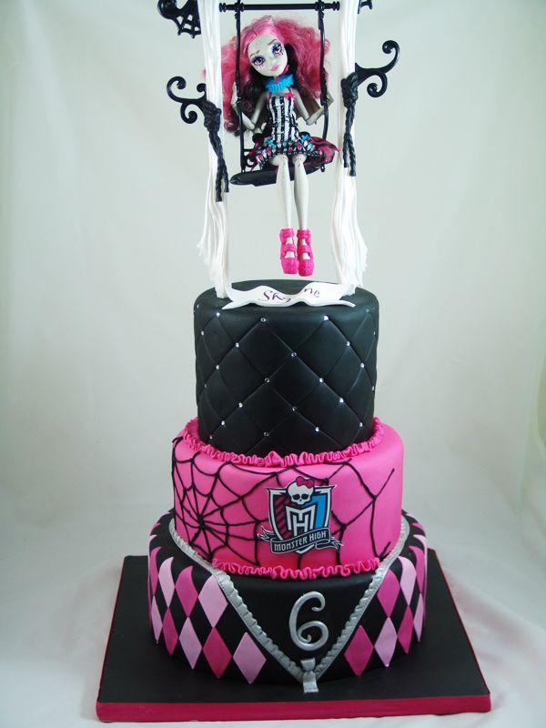 Monster High Birthday Cake #MOnsterHighCake, #KidsBirthdayCakes
