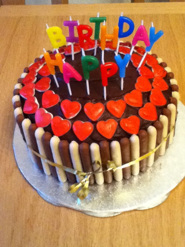 Cake With Cadbury S Fingers And Haribo Hearts Cake