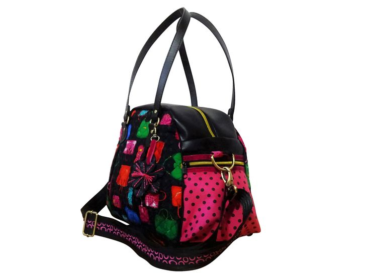 https://www.lalilalula.com/produkte-1/wunschtaschen/lovely-bags/