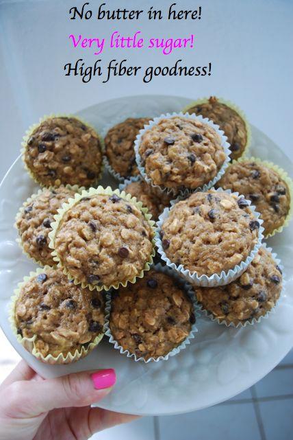 November Grey: {Healthy} Banana Oat Chocolate Chip Muffins