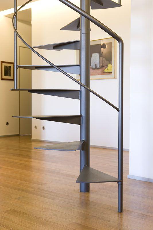 Pi di 25 fantastiche idee su scale a chiocciola su for Schemi di scala a chiocciola
