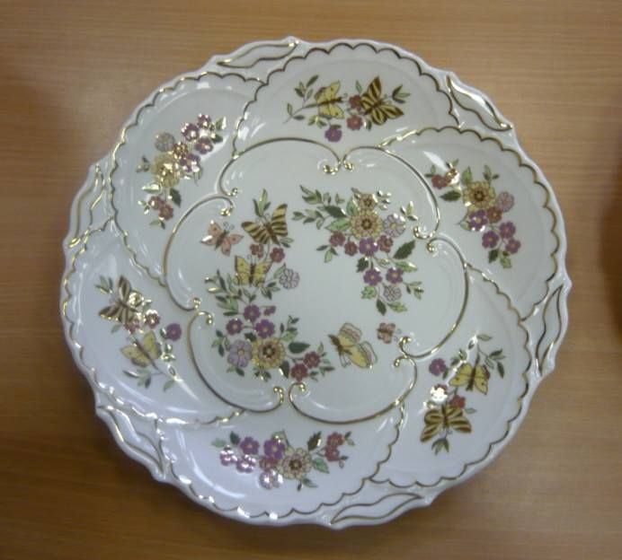 Hungarikumok - Zsolnay porcelain plate