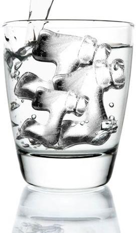「ゴゴゴ」「ドドド」― 漫画の擬音のような氷を作れる製氷皿「漫画氷」