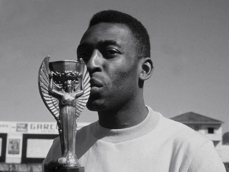 Pelé, maior futebolista de todos os tempos!