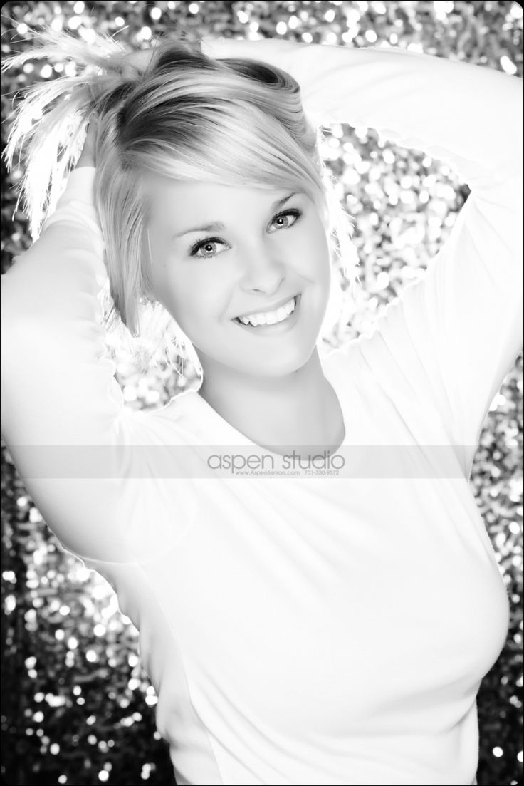 Clearbrook-Gonvick High School Senior PicturesSenior Pictures Aspen Studio