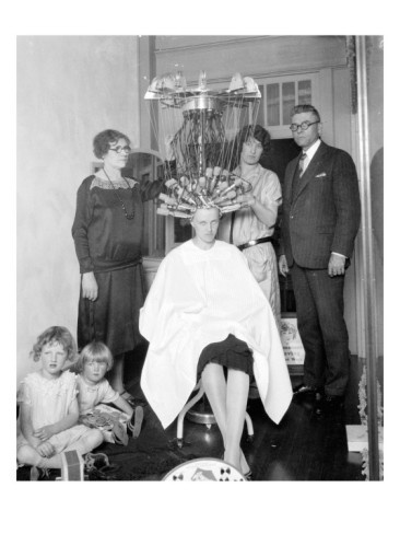 Wired Woman Gets Permanent Wave 1926