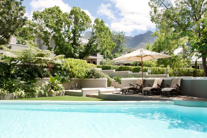 http://blog.sa-venues.com/provinces/western-cape/schoone-oordt/ With winter just around the corner it is time to make use of the fantastic spots around the country, one such place is the town of Swellendam. Doesn't the swimming pool at Schoone Oordt Country House look completely inviting? This luxury 5-star graded accommodation will be a wonderful break and perhaps you can even spoil that special someone in your life with a little break away …