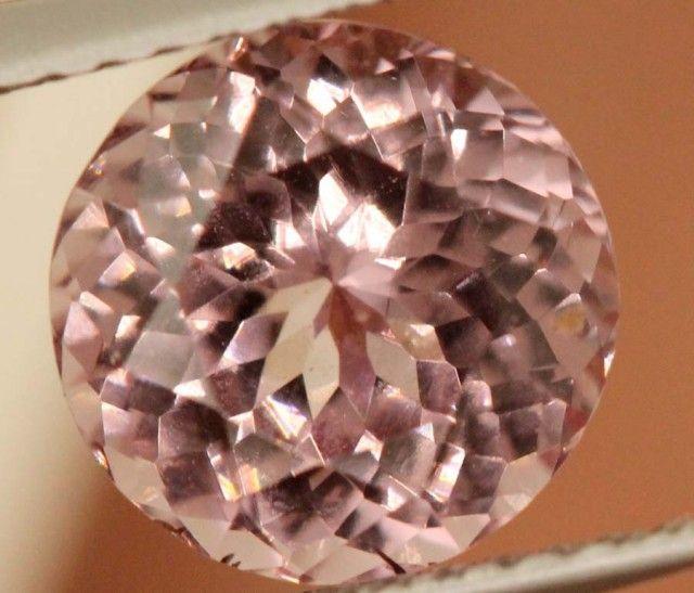CERTIFIED NATURAL MALAYA GARNET 2.63 CTS GC TBM-762 pink gemstone, pink garnet  , gemstone