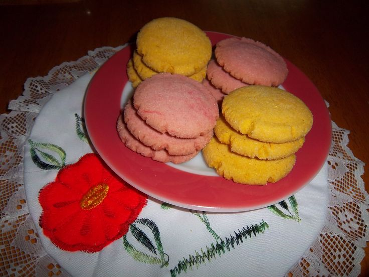 Yummy! Just like abuela used to make... Well she would have if she baked.  Polvorones Mexican Shortbread Cookies