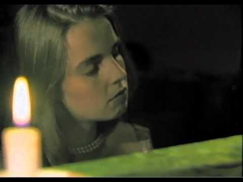 ▶ KOOS KOMBUIS - Lisa se Klavier - YouTube
