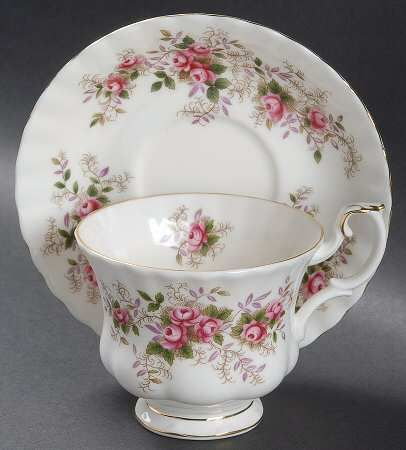 Your Favorite Brands Royal Albert Cups and Saucers Footed Cup & Saucer Set