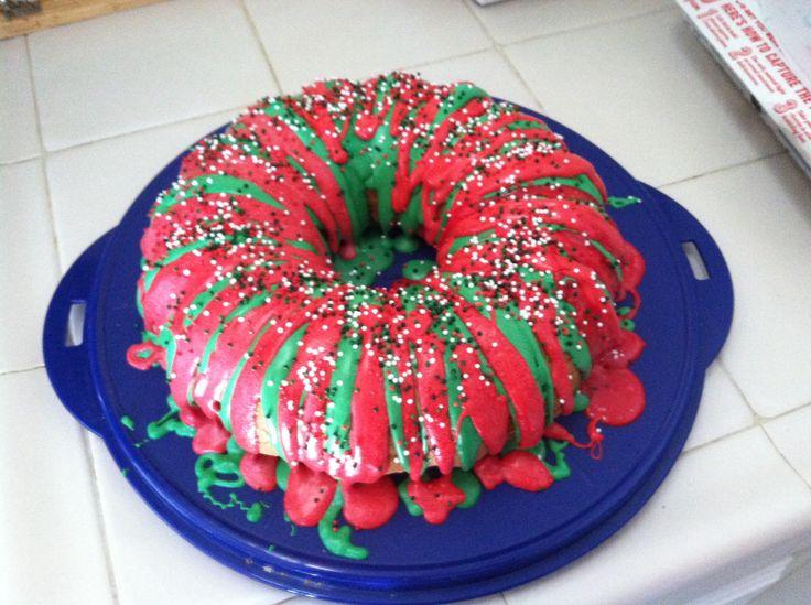 Holiday wreath bundt cake Holiday Party 2013 Pinterest ...