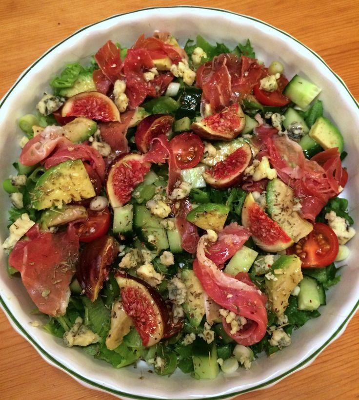 Fikensalat med skinke, avocado og kraftkar