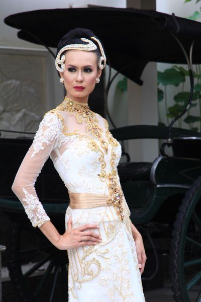 Love bali fashion 2016 - kebaya modern dress - offwhite