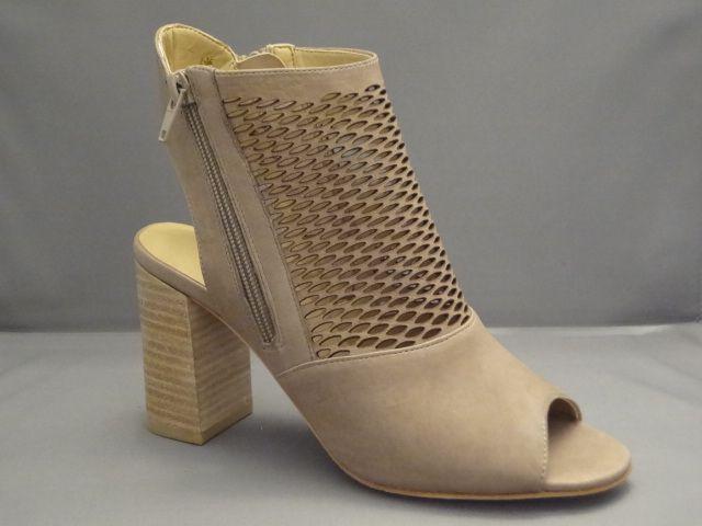 Van Eli, WTC 13034 (Wolff Shoe Company)