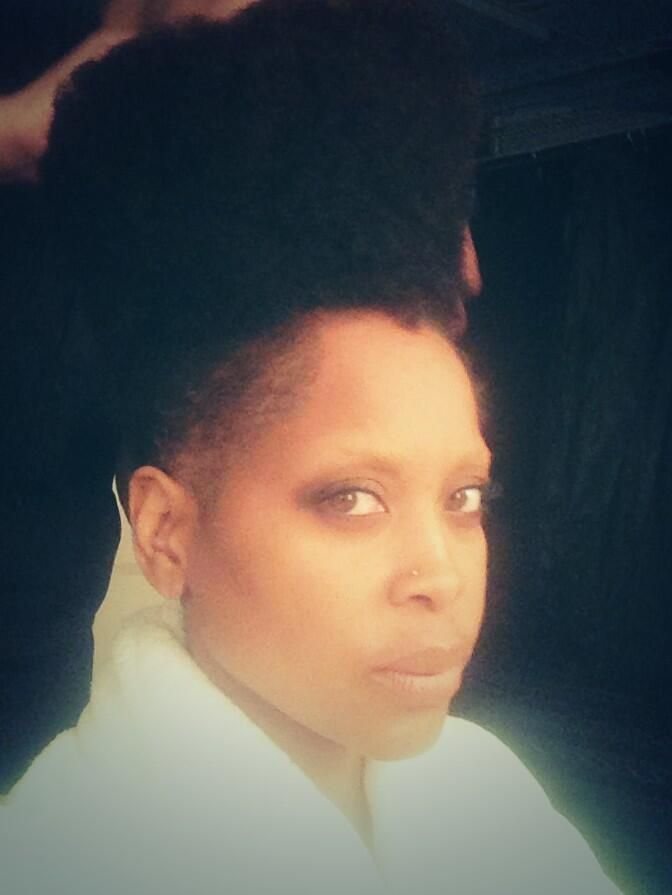 Erykah Badu's: Hook up the high top fade & I'm outta here <3