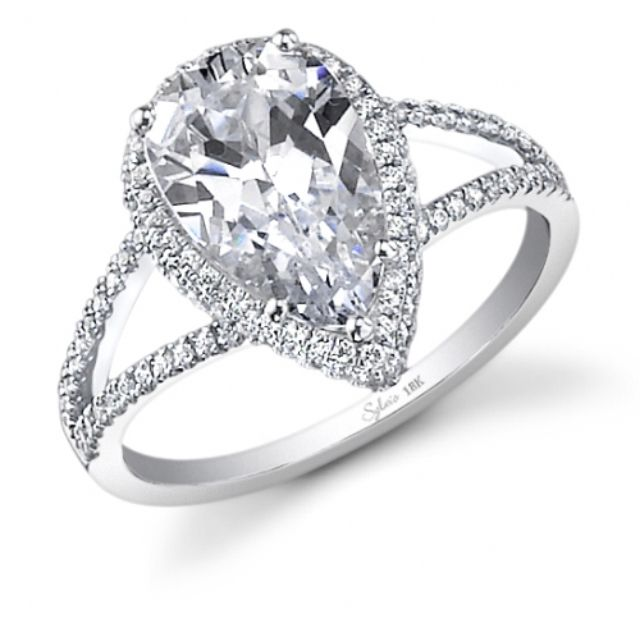 17 Best ideas about Teardrop Engagement Rings on Pinterest | Dream