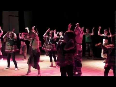 danse africaine - spectacle avec les enfants - éveil corporel