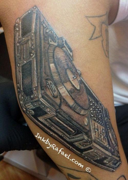67 best images about tattoos on pinterest tribal cross tattoos cross tattoos and bow tattoos. Black Bedroom Furniture Sets. Home Design Ideas