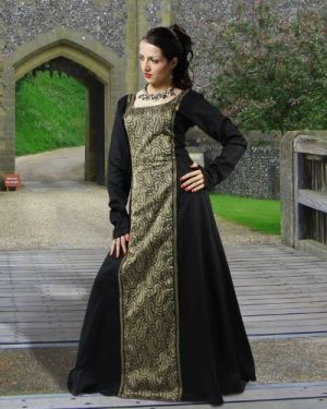 Medieval Clothing by stevefrank