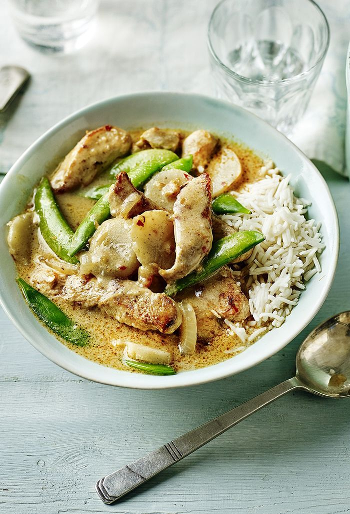 Thai red chicken curry with sugar snap peas takes a few minutes - being busy doesn't mean you can't eat a proper dinner.