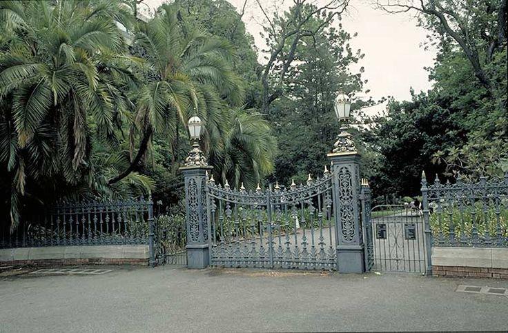 Adelaide Botanical Gardens, main gate. North Tce. South Australia. A magical place. http://www.anbg.gov.au/chabg/bg-dir/large-pics/adelaide-b_3.jpg