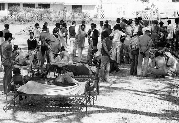 #onthisdayinchemistry  December 3rd   The Bhopal disaster happened on this day in 1984 A leak of toxic methyl isocyanate gas occurred at the Union Carbide India pesticide plant. It caused almost 4000 deaths, and is considered to be one of the World's worst industrial catastrophes.