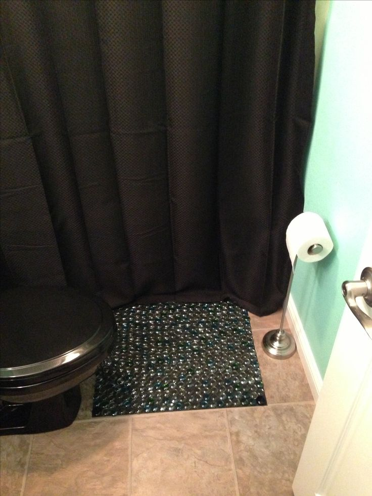 Bathroom mat made of dollar tree flat backed glass marbles for Diy bathtub liner