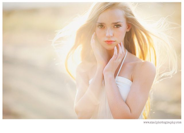 willow by Skai Photography, via Flickr  How she uses the light in her pictures is stunning!