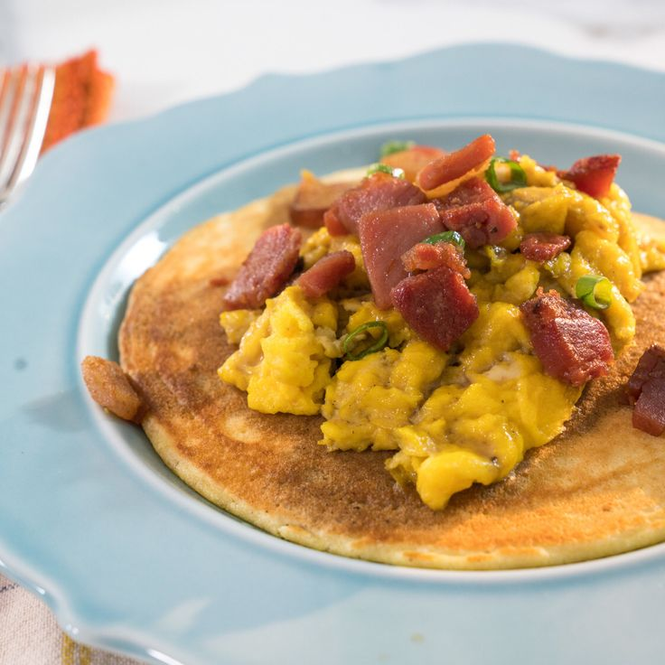 Country Ham And Scrambled Eggs: Corncakes With Country Ham Scramble And Red-Eye Gravy