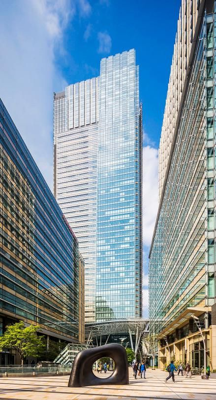 Tokyo Midtown is a mall that's all about flashy bling.  It even houses five galleries and museums, the Ritz Carlton Tokyo, and even a John Hopkins medical center.