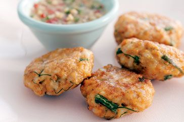 Thai fish cakes: Christmas Parties, Seafood Cakes, Talapia Fish Recipes, Fish Cakes, Thai Seafood, Cakes Recipes, Dips Sauces, Thai Fish, Cake Recipes
