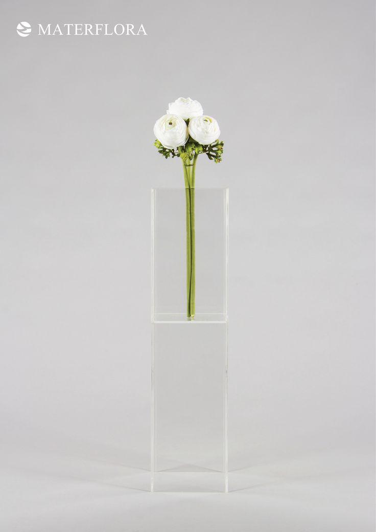Garden Ranunculus White #ranunculus #silkflowers #materflora